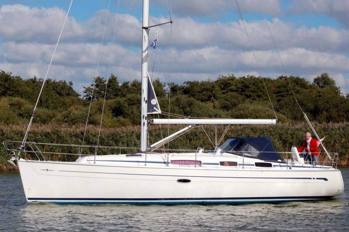 Lloguer de Vaixells: Bavaria 36 Cruiser