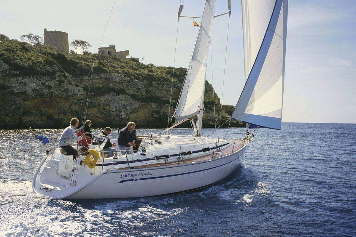 Boat Rental: Bavaria 36 Cruiser
