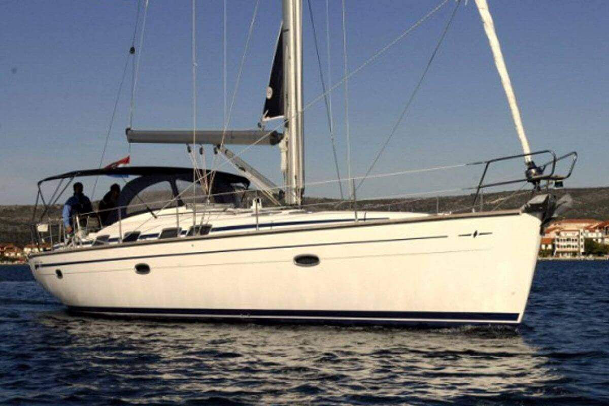 Boat Rental: Bavaria 46 Cruiser