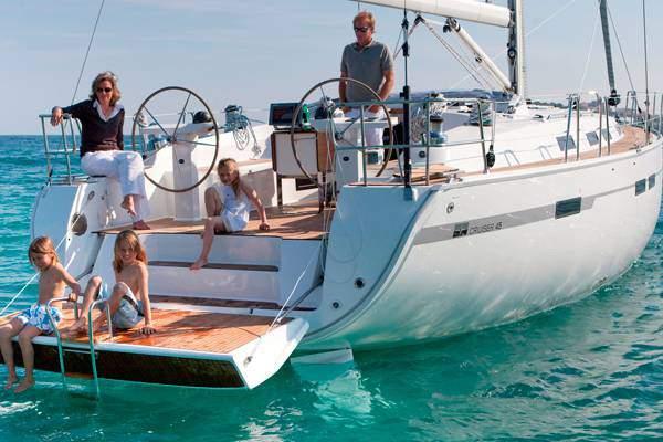 Boat Rental: Bavaria 45 Cruiser
