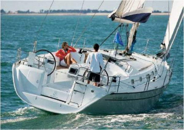 Alquiler de Barcos: Beneteau Cyclades 39.3