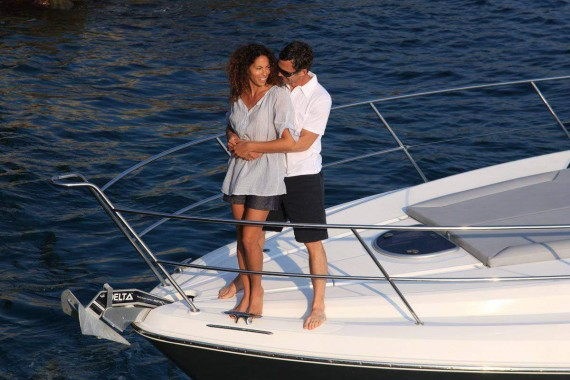 Gift Experiences: Romantic night in yacht